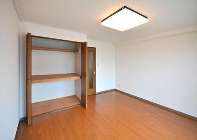 グランディール矢三D ※同タイプの室内写真です