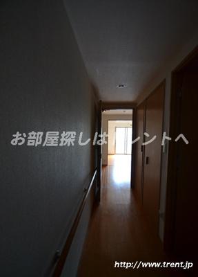 【玄関】ユニロイヤル西早稲田