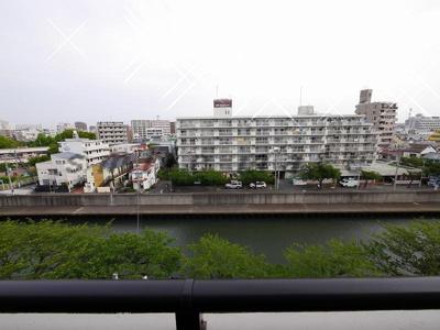 バルコニーからの眺望・北向きです。