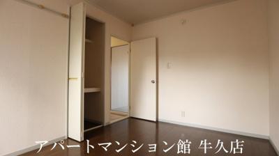 【洋室】キャッスル寺田B