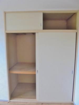 北側洋室6帖の収納スペース