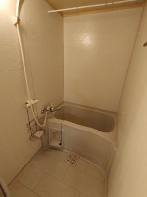 【浴室】シャトー六万寺