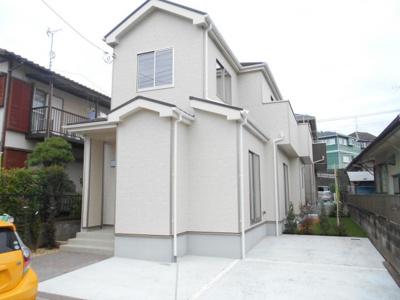 2380から2180から1980万円に価格変更。駐車場入れやすい。南向き庭付き。勝手口。