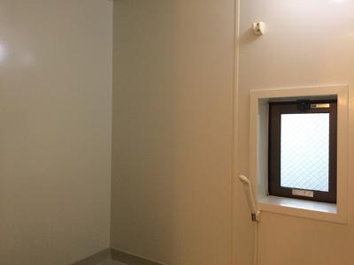 浴室に窓があります