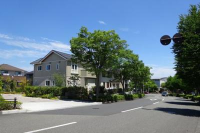 向かいには新規分譲地の結びの街が出来、新しい建物ばかりなので周辺の環境も綺麗になります。