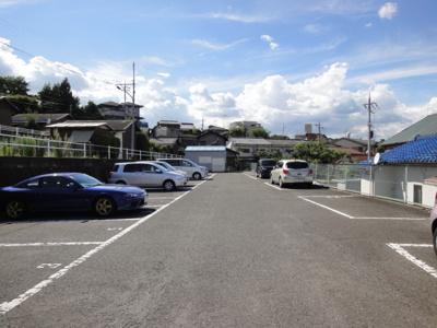 奥川ガレージ(元町駐車場)