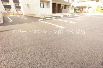 【駐車場】セイバリー・パークⅢ