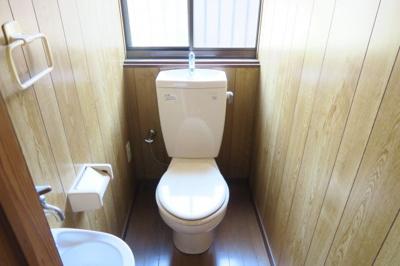トイレは下水完備となっています。