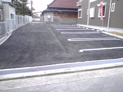 【駐車場】ピュア・ハウス