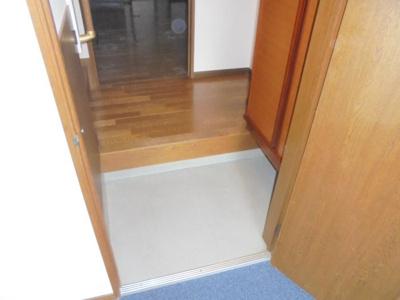 玄関収納もあります。