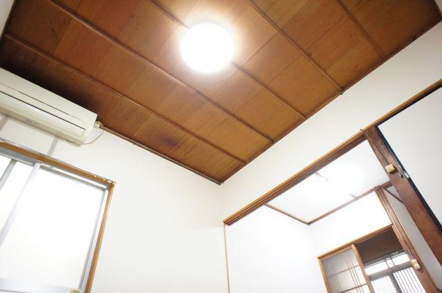うれしい全室照明(残置物)完備です。