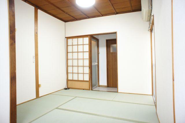 ゆったりできる和室のリビングダイニングです。