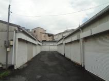 鉢塚1丁目シャッター付きガレージの画像