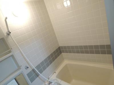 【浴室】メゾンリリアール