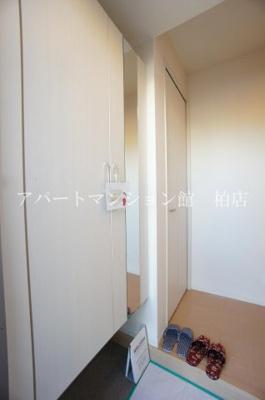 【玄関】カームベリーD