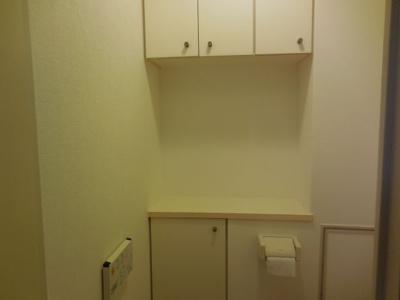 トイレ部分に収納がたっぷり
