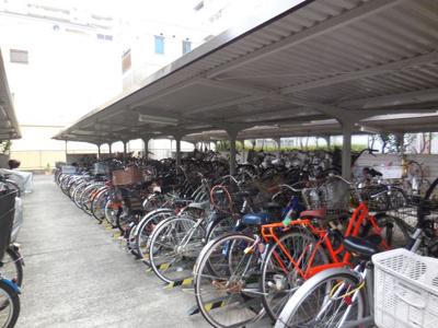 自転車、バイク置き場あり