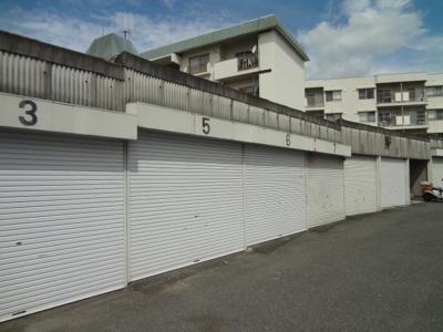 【居間・リビング】旭丘1丁目西片山ガレージ