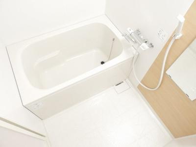 【浴室】ル・クール谷町