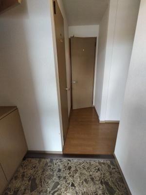【玄関】ラベンダーハイツ