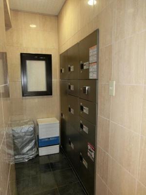ラクラス田原町の不在時に便利な宅配BOXです