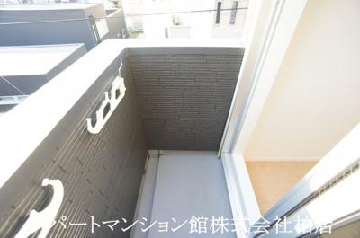 【玄関】メゾン・ド・ジャンヌ