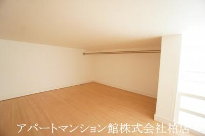 【洋室】メゾン・ド・ジャンヌ