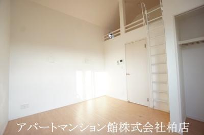 【居間・リビング】メゾン・ド・ジャンヌ