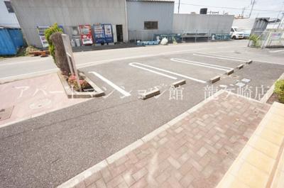 【駐車場】フォレストR