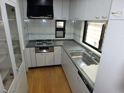 【キッチン】甲子園二番町戸建