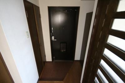 【玄関】ドミール上野