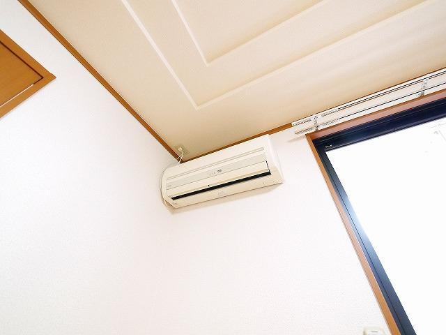 エアコンが付いているお部屋です。