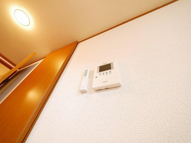 モニター付きインターホンが付いているお部屋です。