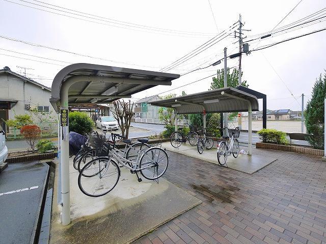 自転車置き場があり便利です