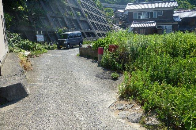 【前面道路含む現地写真】気高町八束水売土地