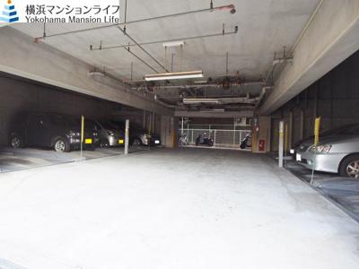 【駐車場】アール・ケープラザ横浜Ⅱ
