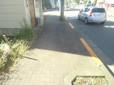 【前面道路含む現地写真】昭島市玉川町土地
