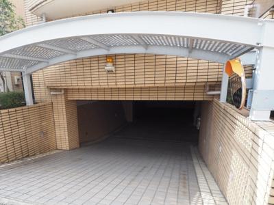 【駐車場】ベルレーブ本山