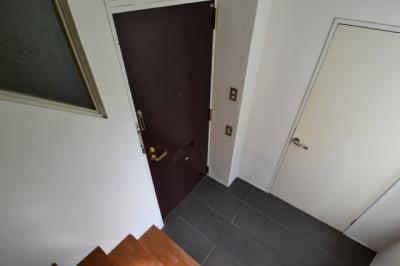 【玄関】六甲セレスコート