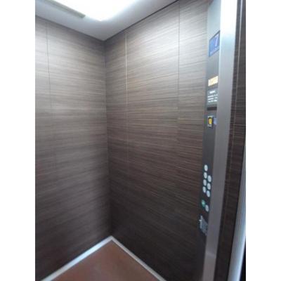宮崎プラザのエレベーター