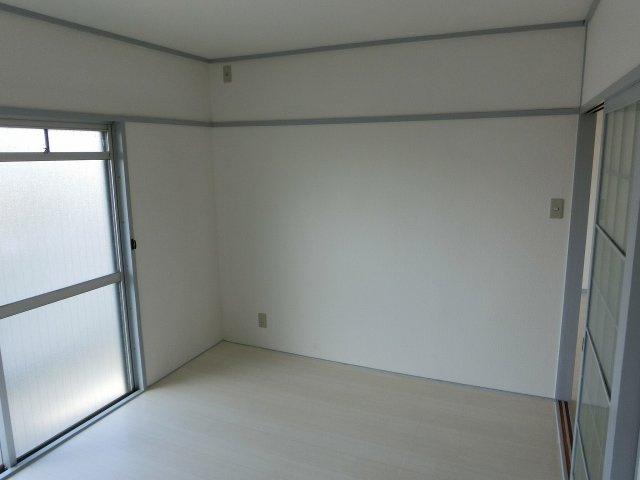 サンコービル 洋室