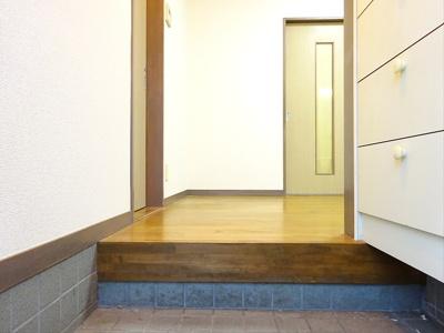 【玄関】セカンドアベニューヴィル