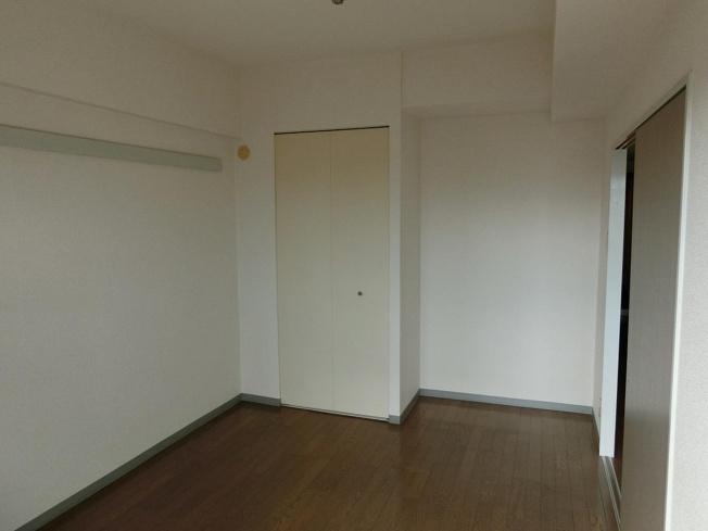 アネックス太子堂 洋室