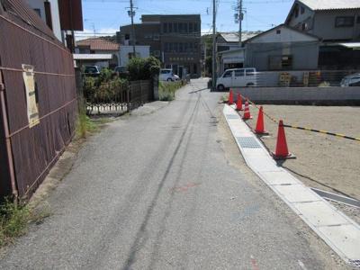 【前面道路含む現地写真】三木市福井4号地