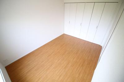 【寝室】グリーンヒル白川
