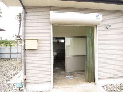 【エントランス】市原市平成24年築作業所・倉庫・事務所