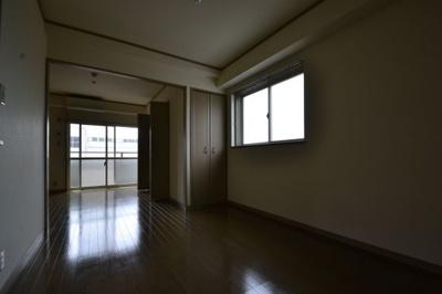 【内装】ミロード・ドゥ・メゾン