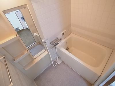 【浴室】大石東町4丁目8-13貸家