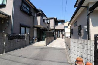堺市西区・高石市の不動産の事は専門店のZERO-ONEにお気軽にお任せ下さい 駐車場も軽・普通車2台可能です