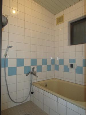 【浴室】西郷通1丁目貸家
